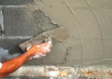 Как готовить и наносить цементно-известковые штукатурки (в фото)