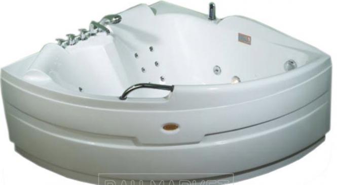 Преимущества гидромассажной ванны
