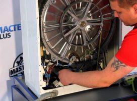Почему стиральная машина не отжимает во время стирки