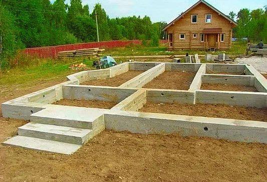 Фундаменты — прочный фундамент любого дома
